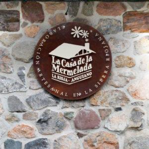 Fachada de La Casa de la Mermelada en Anguiano, La Rioja
